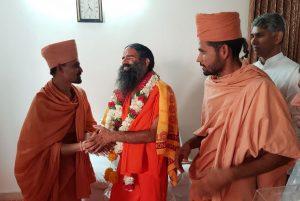 Saints of Swamy Narayan met Shri Ramdev Baba