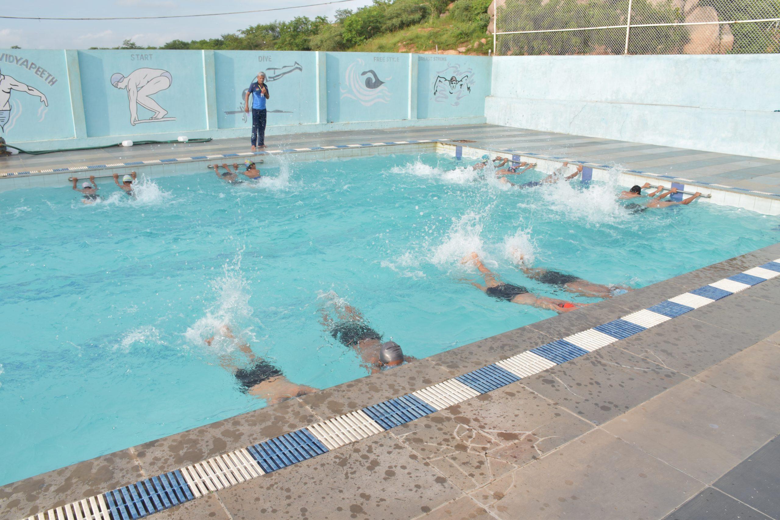 SHREE NEELAKANTH VIDYAPEETH Students Swimming