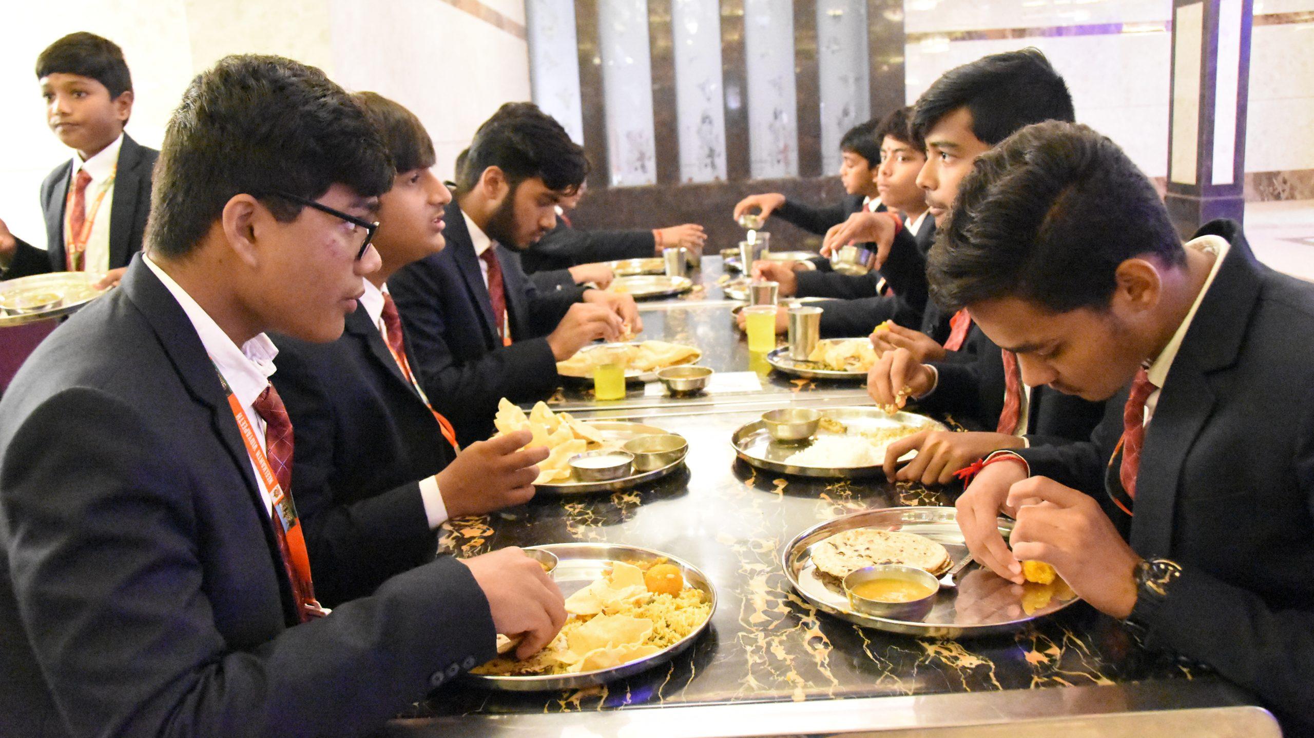 SHREE NEELAKANTH VIDYAPEETH Dinning Hall